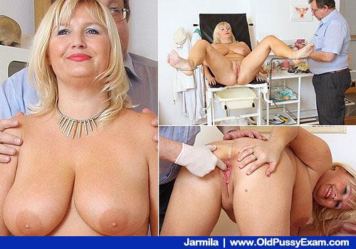 Große Busen Lächeln Blonde bekommt Pussy Prüfung zum Hospital Stuhl