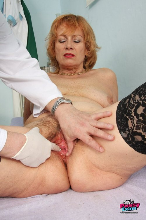 Dame gyno with a gynoinstrument - 2 part 2